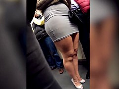 Puta, Bajo la falda, Voyeur