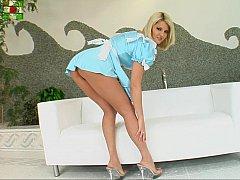 Incroyable, Blonde, Européenne, Exhib, Mère que j'aimerais baiser, Jupe, Uniforme, Sous la jupe