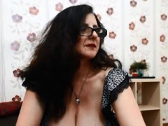 Slutty amateur with big boobs banged with nympho driver