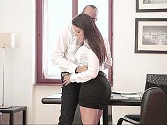Минет, Брюнетки, В одежде, Секс без цензуры, Милф, В офисе, Секретарша, Влажная
