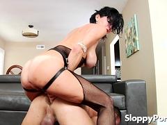 Dirty femdom Veronica Avluv strapon sex