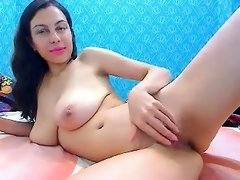 babe eyescrystal flashing boobs on live webcam