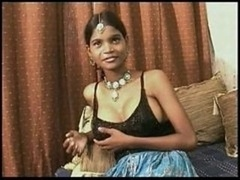 "Indian Whore ""Teen"" Punja takes Genital cumshot"