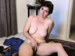 Passionate hairy mature strips for Suellen from 1fuckdatecom