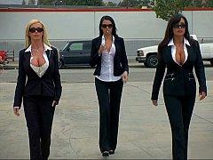 Américain, Gros seins, Brunette brune, 2 femmes 1 homme, Groupe, Mère que j'aimerais baiser, Se déshabiller, Grande
