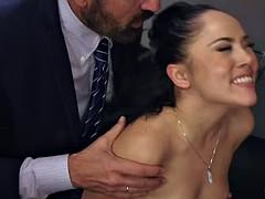 Anal, Tromperie, Double pénétration, Partouze, Interracial, Fête, Actrice du porno, Épouse