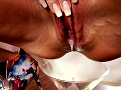 German Amateur Kitchen Creampie Eating