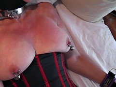 Sexslavewife asks for public whipping