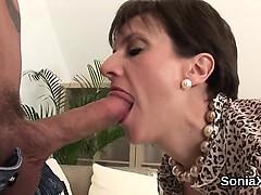 Unfaithful british mature lady sonia displays her giant boob