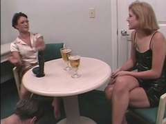 A cuckold story without hooter-sling