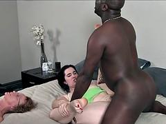 Noire, Compilation, Éjaculation interne, Noir ébène, Partouze, Petite amie, Interracial, Mère que j'aimerais baiser