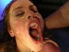 Cum guzzling skank gives bj love tools
