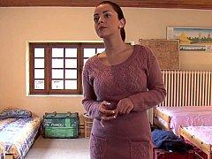 Chambre à dormir, Brunette brune, Mignonne, Européenne, Groupe, Lesbienne, Fête, Adolescente