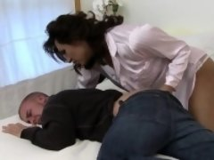 TS Jessy Dubai fingers her husband anal