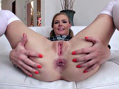 Nicole Clitmans has a big ass and she is ready to please
