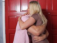 Grote mammen, Blond, Pijpbeurt, Hardcore, Huisvrouw, Moeder die ik wil neuken, Moeder, Zoon
