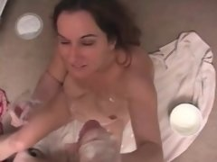 Chubby cougar is an expert in the arts of teasing and pleasing a cock