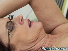 Tongued cougar analized