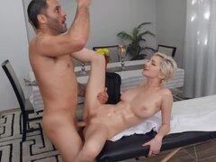 Being carnal in a hard mode with client is masseur's job