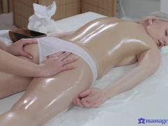 Massage Rooms (SexyHub): Two Gorgeous Blondes Rub Each Other's Tits In Oil